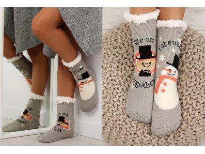 Dámské protiskluzové ponožky s beránkem