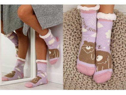 Dámské protiskluzové ponožky s beránkem fialové