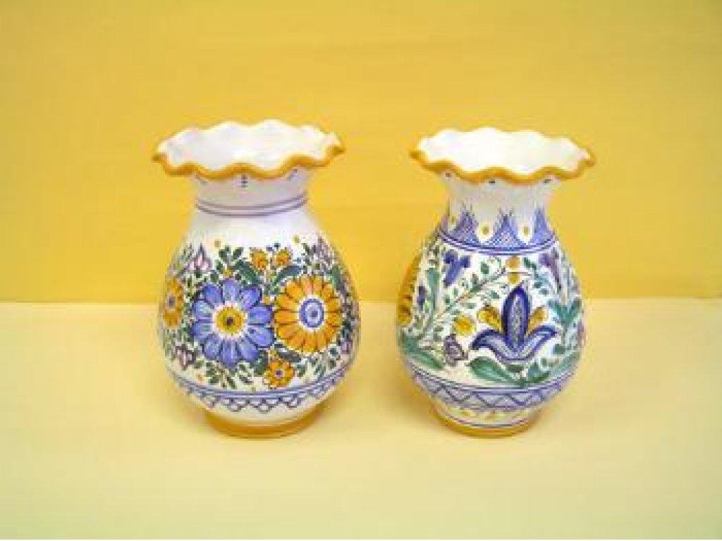 Keramická sada váz habánských, dva kusy