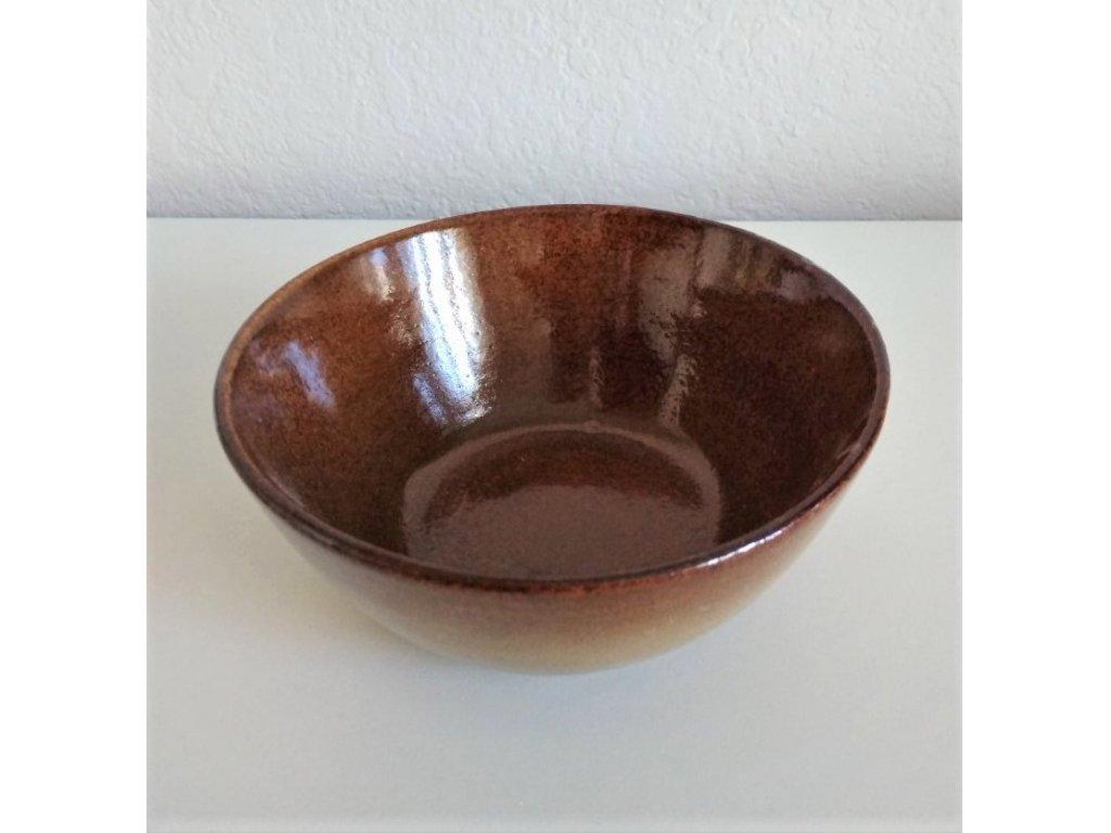 Keramická salátová mísa EVA č.4 průměr 23 cm, objem 1,65 litru.