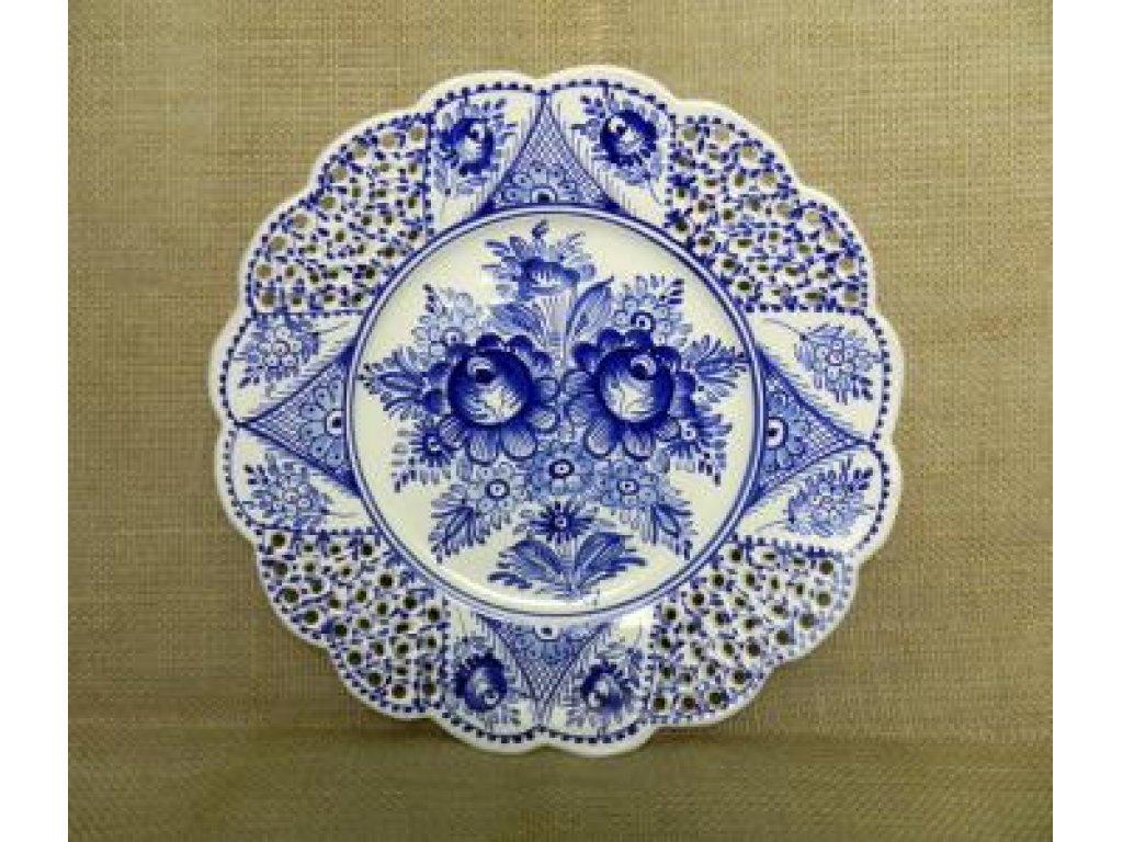 Keramický talíř řezaný, modré růže