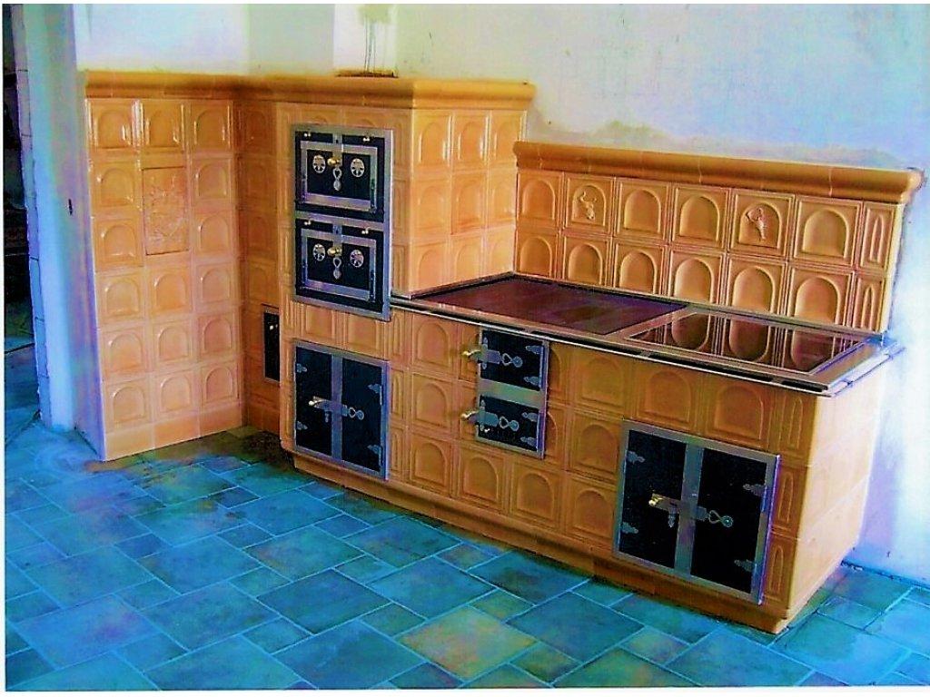 Kuchyňská kachlová kamna Petr, světlehnědá