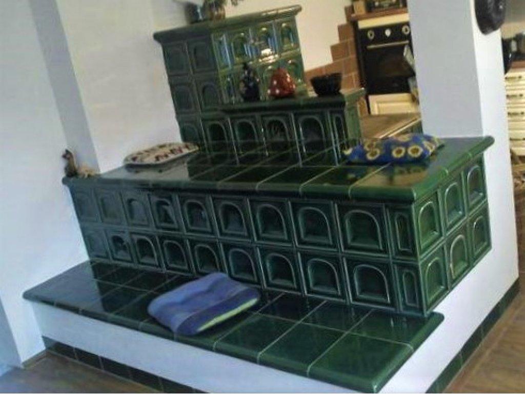 Kuchyňská kachlová kamna s ležením Lukáš, zelená
