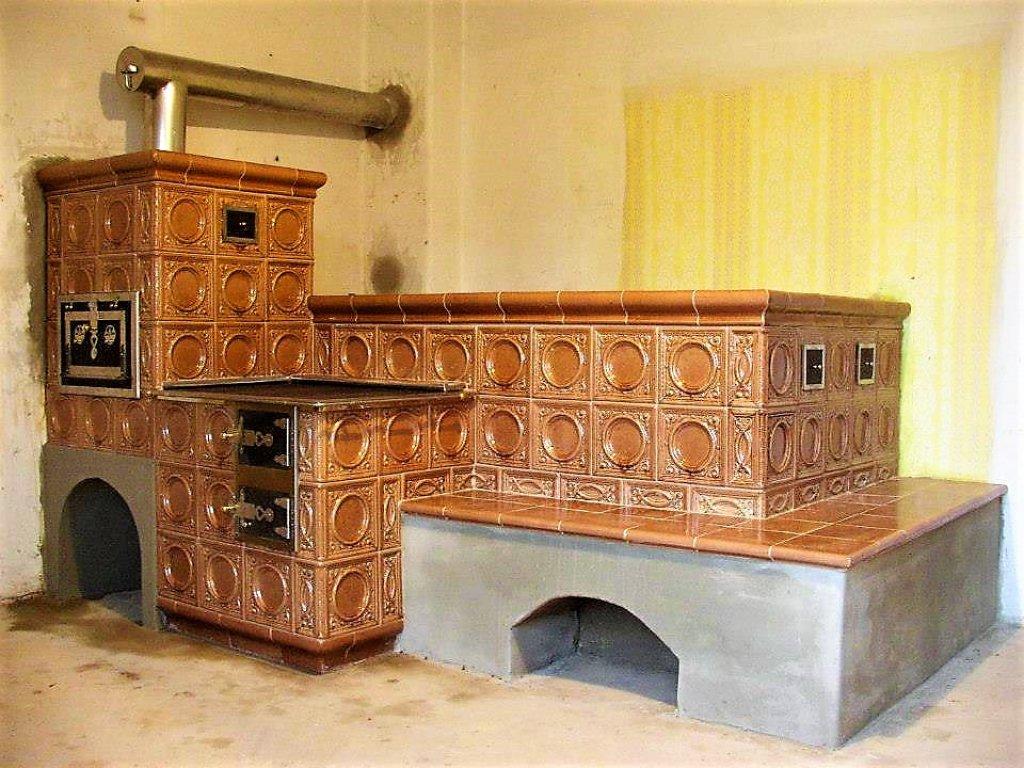 Kuchyňská kachlová kamna s ležením Matěj, světlehnědá