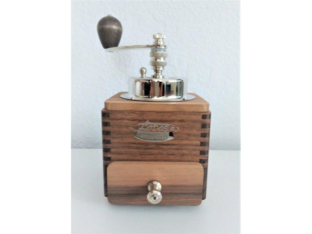 Ruční mlýnek na kávu dřevěný, 1945 Luxury, 20x10x10 cm