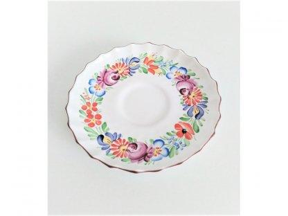 Chodský keramický podšálek, vlnitý okraj, barevné květy