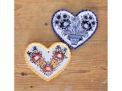 Keramická dvě srdce, slovácká