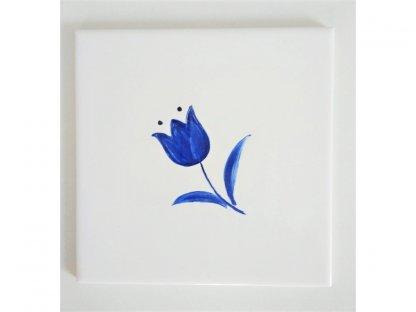 Keramická, ručně malovaná kachle - modrý tulipán - 4