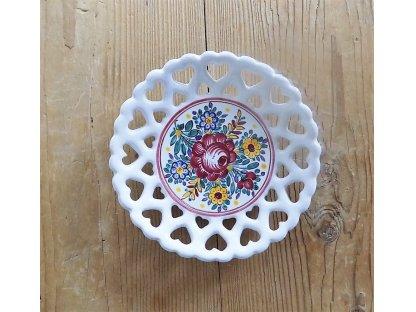 Keramický talíř se srdíčky, slovácký - průměr 16 cm