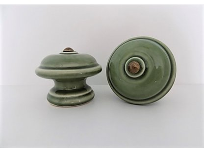 Keramický úchyt hladký - olivový