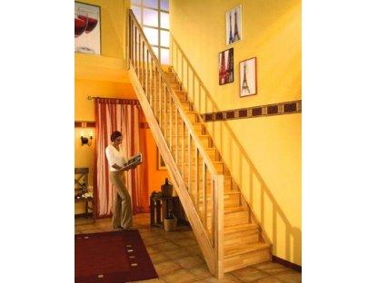 Mlynářské dřevěné schody přímé s podstup. - buk - B.