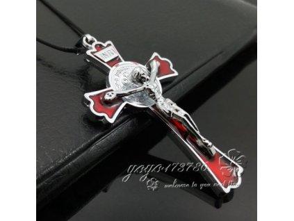Křížek velký stříbrno-červené barvy