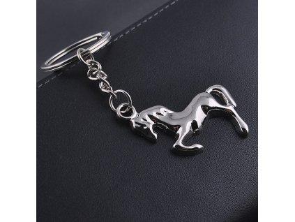 Přívěsek na klíče - Kůň
