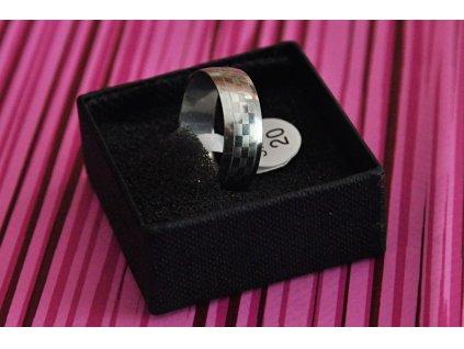 Prsten R-004 s motivem šachovnice